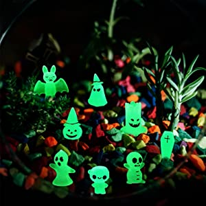 Vlipoeasn 8PCS Luminous Fairy Garden Accessories Glow in Dark Tree Elves Garden Decor Halloween Miniature Pumpkin Ghost Figurines Micro Landscape Gnomes Resin Garden Decoration
