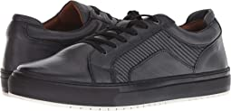 Jovial Sneaker