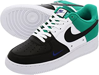 110cc41a22c1 Amazon.com  NIKE - Sneakers   Shoes  Clothing