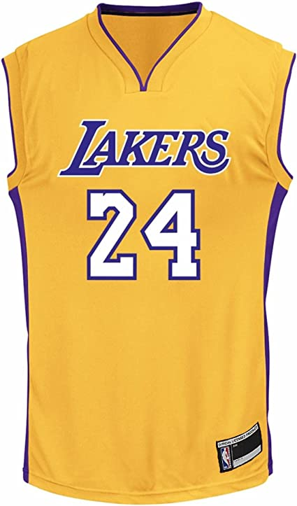 Amazon.com : OuterStuff Kobe Bryant Los Angeles Lakers #24 Youth ...