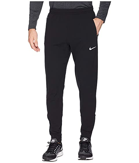 2076cb122c4b Nike Therma Pants Essential at Zappos.com