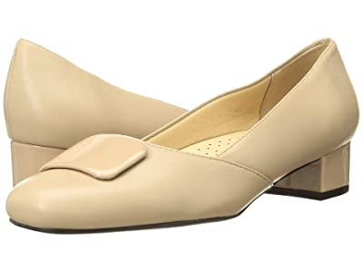 Trotters Delse (Nude Soft Nappa Leather) Women