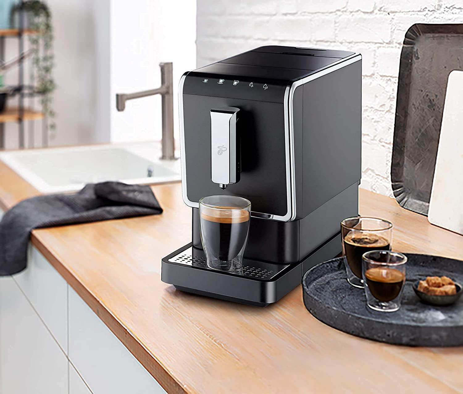 Buy Tchibo Fully Automatic Coffee Machine Bundle, with Two Whole Bean Coffee,  35 Ounce Bags - Revolutionary Single-Serve, Bean-To-Brew Coffee Maker - No  Pods, No Waste Online in Italy. B097S66K5C