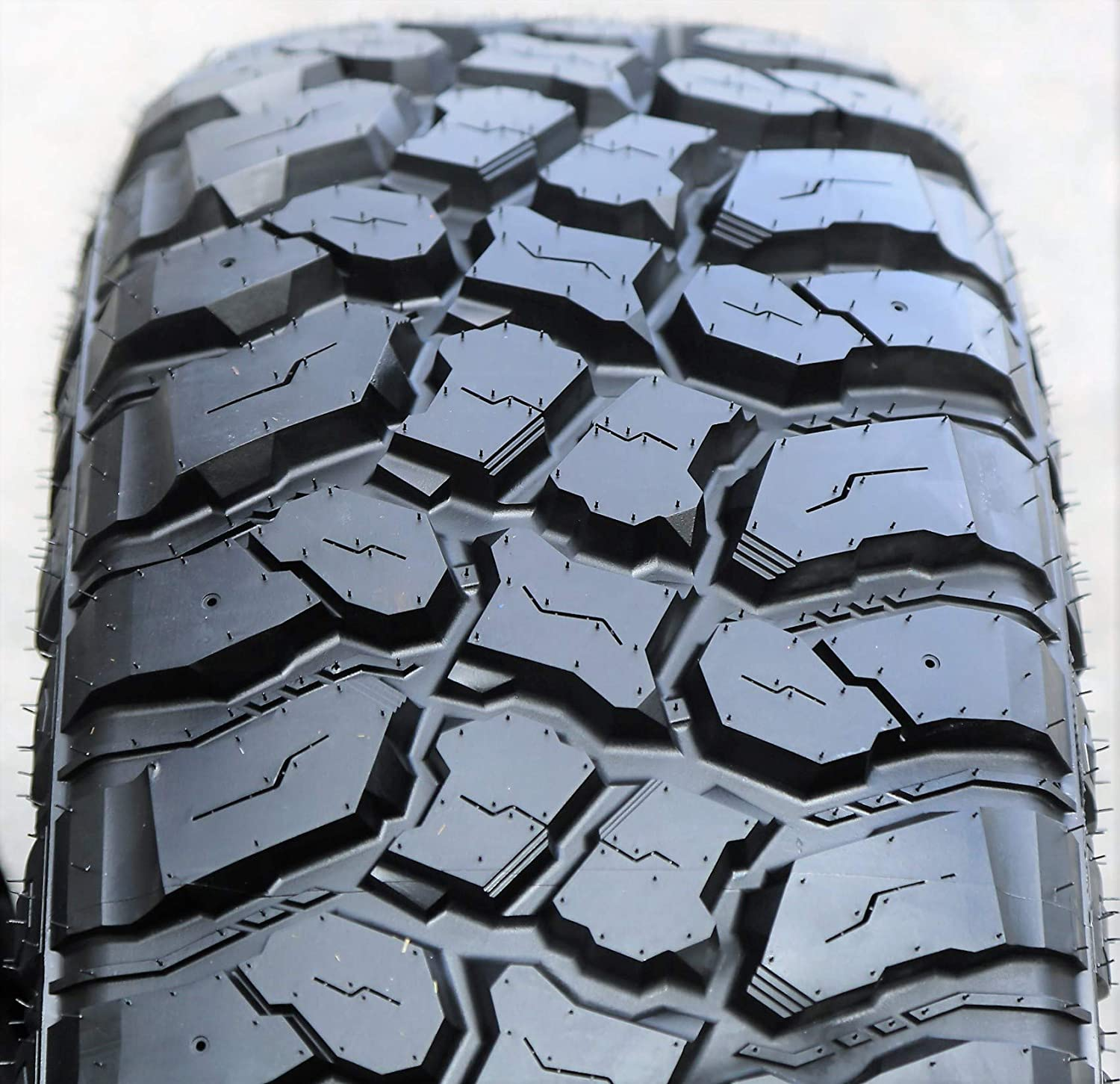 Fortune Tormenta M T FSR310 Mud Truck Light Off-Road Radial High Recommendation material Tire