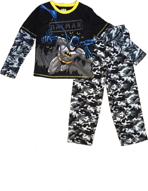 Sizes XS Batman 2-Piece Boys Pajama Sleepwear Set S M Black//Grey L