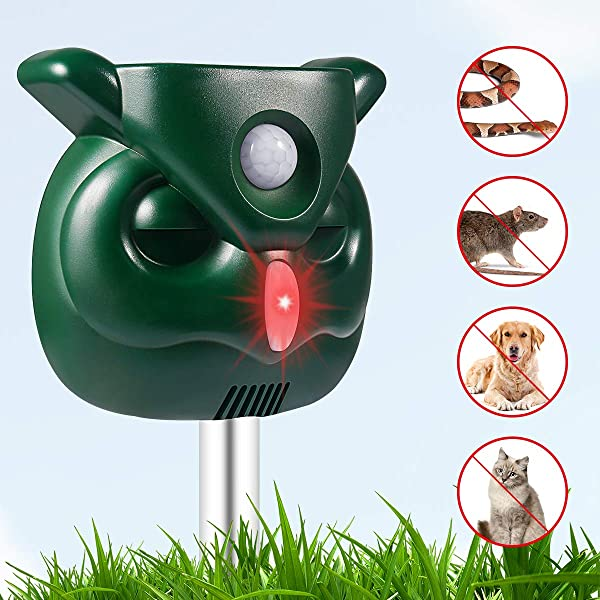 PETBROO Dog Cat Repellent Ultrasonic Pest Repellent With Motion Sensor And Flashing Lights Outdoor Solar Powered Waterproof Farm Garden Yard Repellent Cats Dogs Foxes Birds Skunks Rod