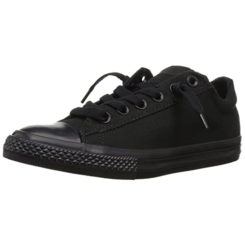 a055773b52c77 Kids Black Converse: Amazon.com
