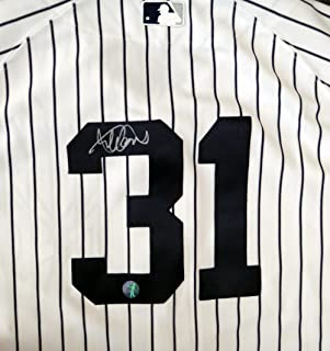 official photos 134f3 cb48e Amazon.com: Ichiro Suzuki - Jerseys / Sports: Collectibles ...