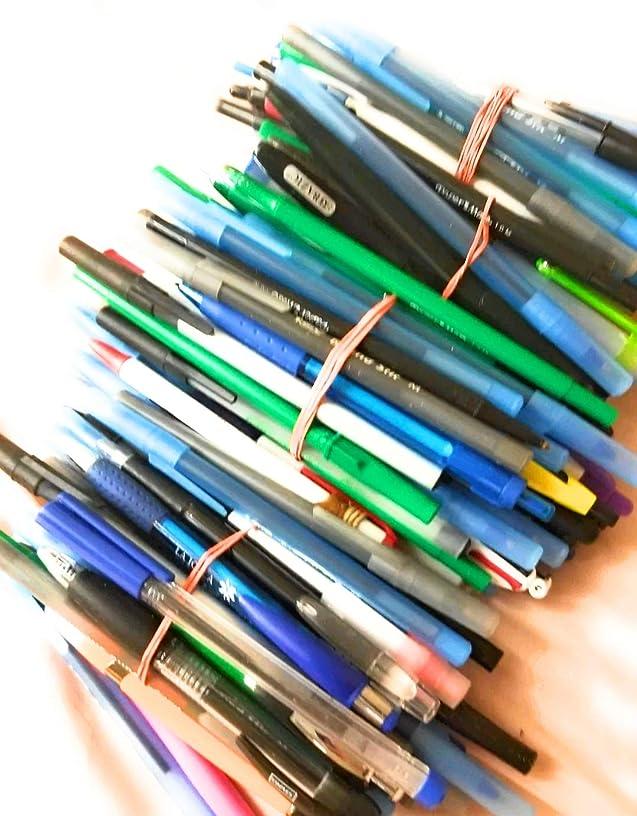 Wholesale Lot of 100 Misprint Ink Pens Ball Point Plastic Retractable Pens Mixed