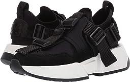 Center Loop Sneaker