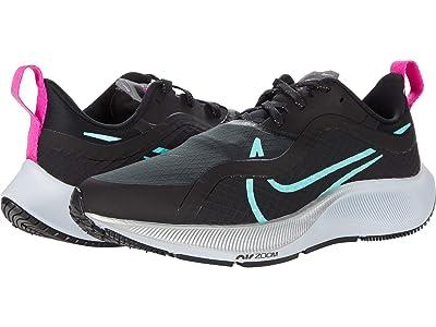 Nike Air Zoom Pegasus 37 Shield (Black/Aurora Green/Dark Smoke Grey) Women