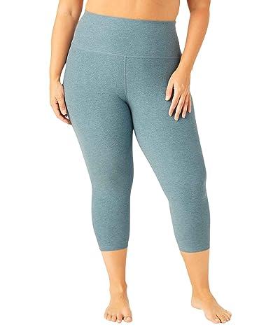 Beyond Yoga Plus Size Spacedye High Waisted Capris (Stormy Blue/Blue Cloud) Women
