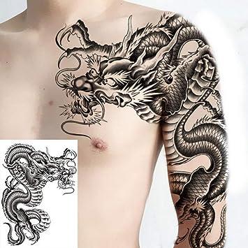Tattoo brust männer Kleine Tattoos
