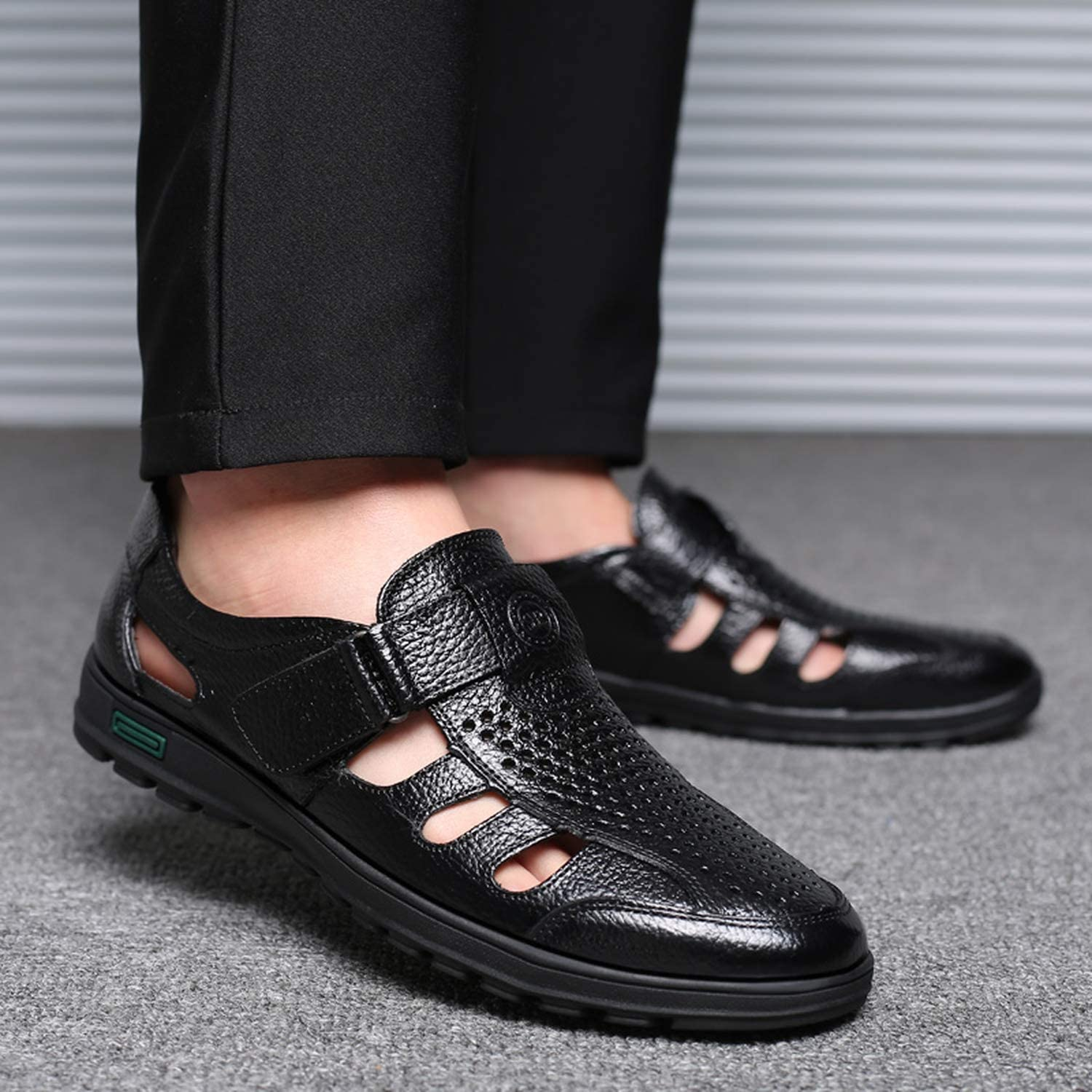 Genuine Leather Men Summer Sandals Breathable Casual Shoes Man Closed Toe Beach Shoes Rubber Sole Mens