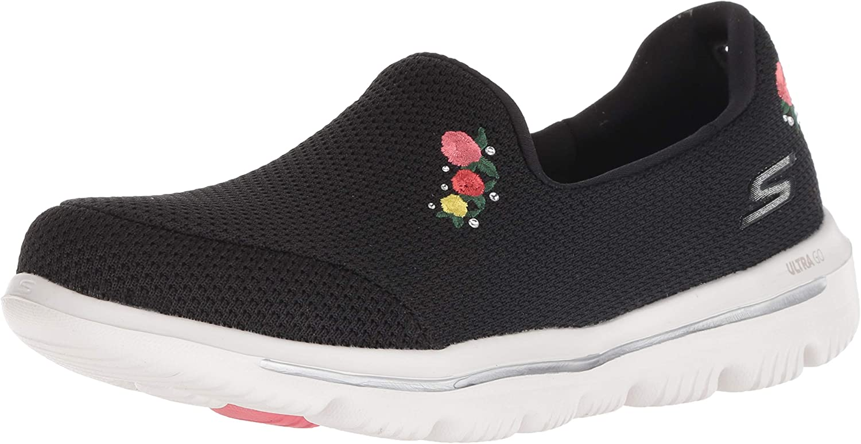 Skechers Womens Go Walk Evolution Ultra - Satisfaction Sneaker