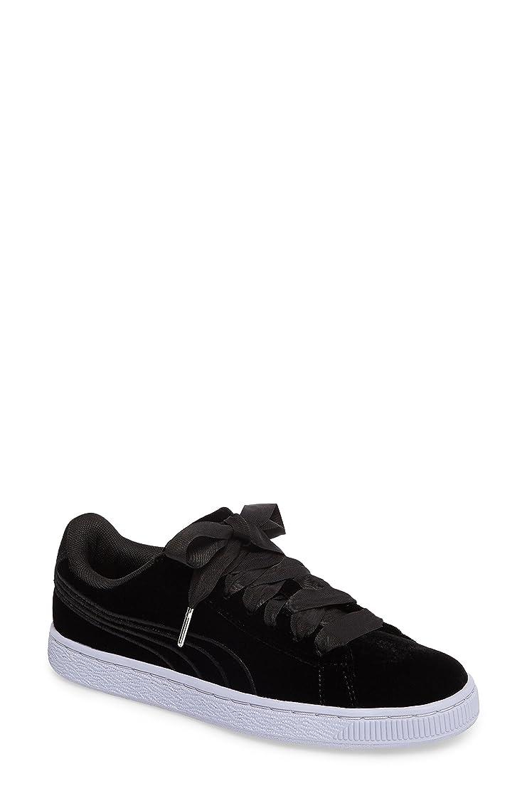 マグ登るホイッスルプーマ シューズ スニーカー PUMA Basket Classic Velour Sneaker (Wome Puma Black [並行輸入品]