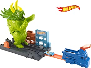 Hot Wheels Smashin Triceratops Destructive Dino Playset