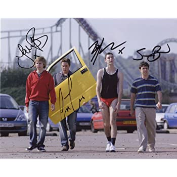 The Inbetweeners James Buckley /& Joe Thomas /& Blake Harrison /& Simon Bird Signed Autographed 21cm x 29.7cm A4 Poster Photo