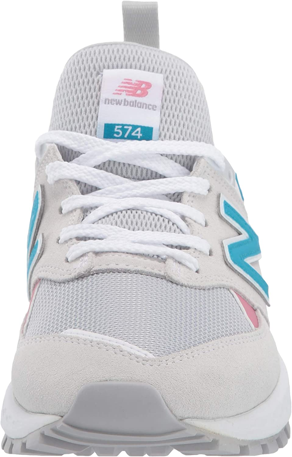 New Balance 574 in Suede, Womens.