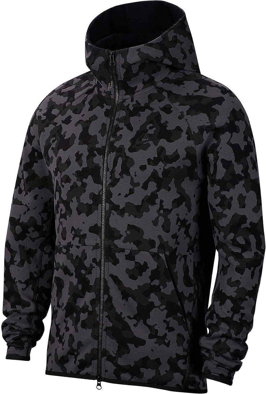 Nike Men S Sportswear Tech Fleece Sweatshirt Amazon Co Uk Clothing