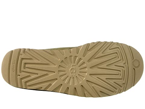 86cce890a34 UGG Highland Field Boot   6pm