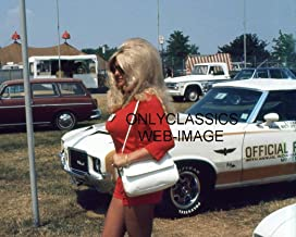 OnlyClassics 1972 INDY 500 Sexy Linda Vaughn Photo Busty Trophy Girl Hurst OLDS PACE CAR Wow!