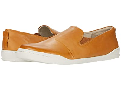 SoftWalk Alexandria (Camel Leather) Women