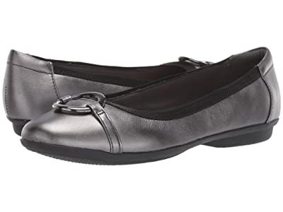 Clarks Gracelin Wind (Black Metallic Leather) Women