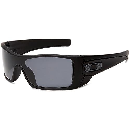 44f48a7f5f Amazon.com  Oakley Men s Batwolf Polarized Rectangular Sunglasses ...