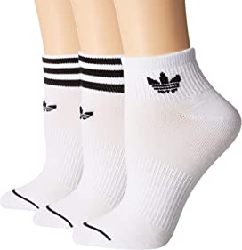 617c0299d Nike Sneaker Sox Essential Ankle Socks 2-Pair Pack at Zappos.com
