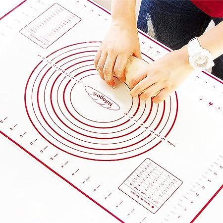 Nifogo Tapis de Cuisson Patisserie en Silicone Anti-adhésif Réutilisable Baking Mat Fondant Pâte, 100% sans Bisphénol-A (BPA),avec Mesure, 60 x 40 cm (Rouge+Grattoir Cadeau)