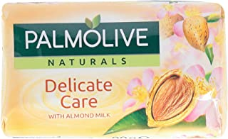 PALMOLIVE DELICATE CARE WITH ALMOND MILK SOAP BAR - 90G