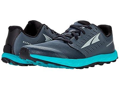 Altra Footwear Superior 5