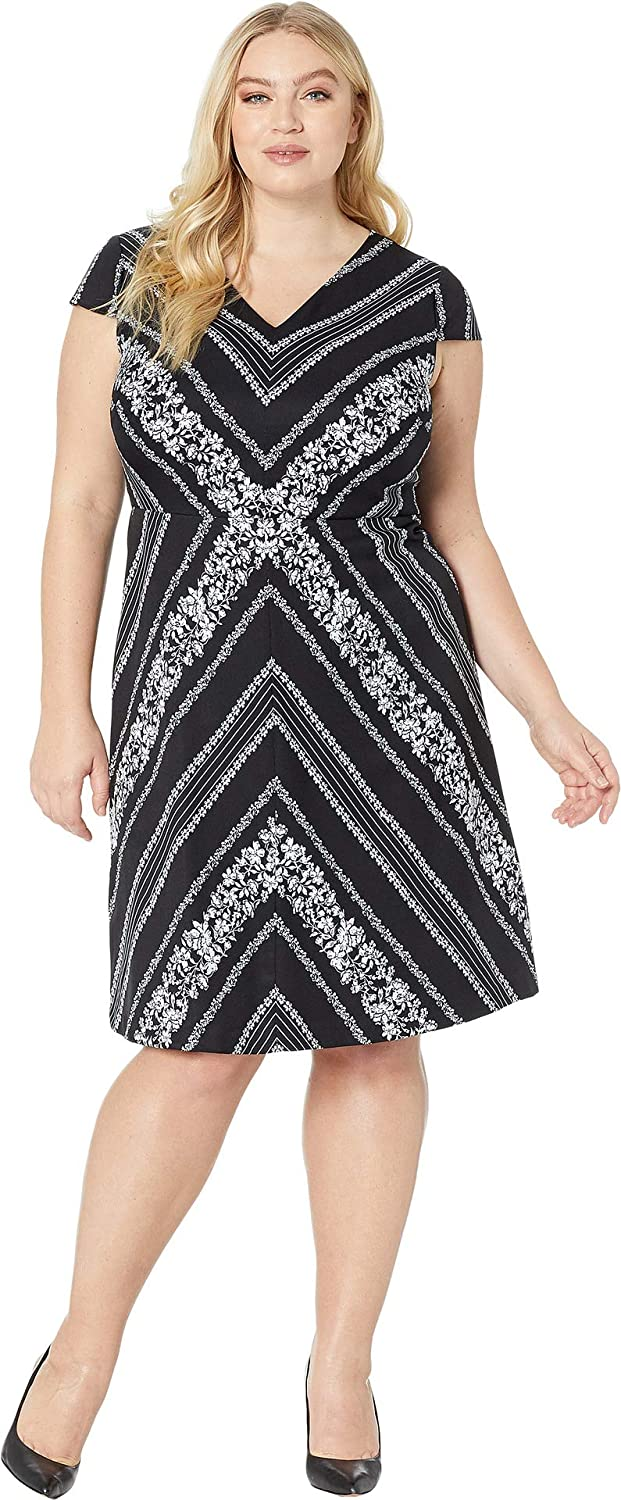 Adrianna Papell Women's Plus Size Botanical Chevron Fit & Flare, Black Ivory Multi, 16