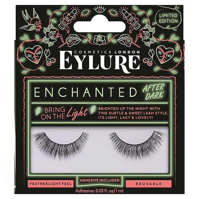 与える患者粘性の[Eylure] Eylure魅了まつ毛は、光にもたらします - Eylure Enchanted Lashes Bring On Light [並行輸入品]