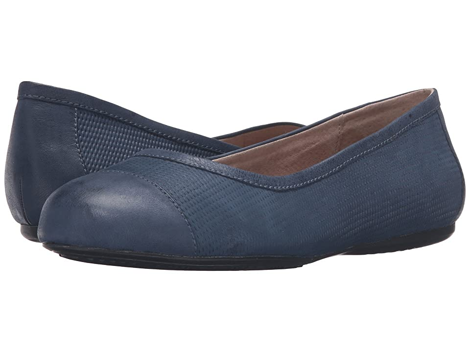 SoftWalk Napa (Navy Nubuck Embossed Leather/Leather) Women