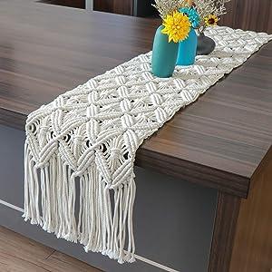 O-heart Macrame Table Runner, Boho Table Runner with Tassels for Bohemian Bridal Shower, Natural White 72