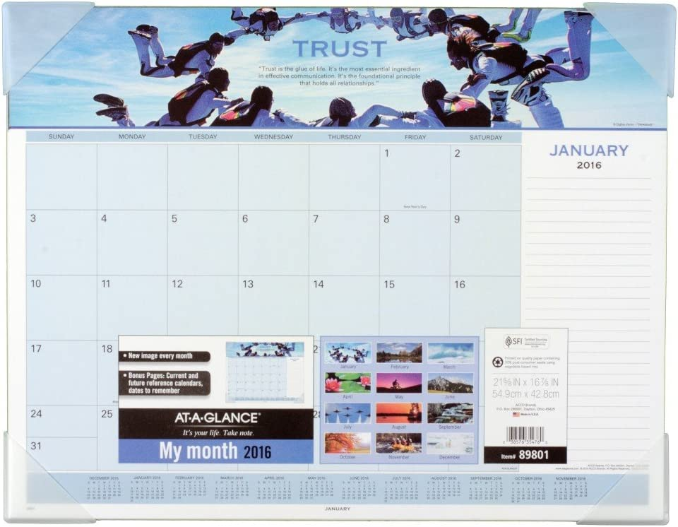 AT-A-GLANCE Monthly Desk Directly managed store Pad Motivational Panoram 2016 Branded goods Calendar