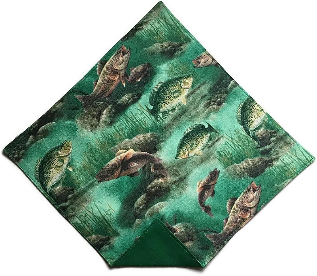 Holiday Bow Ties Mens Fishing Handkerchief Pocket Square in Shades of Green
