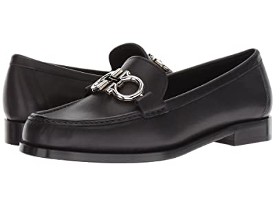 Salvatore Ferragamo Rolo Loafer (Nero) Women