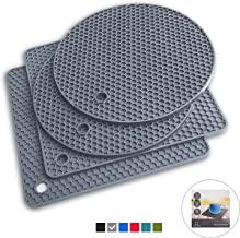Q's INN Gray Silicone Trivet Mats   Hot Pot Holders   Drying Mat. Our potholders Kitchen Tool is Heat Resistant to 440°F, Non-slip,durable, flexible easy to wash and dry and Contains 4 pcs.