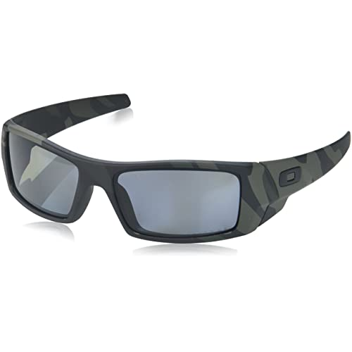 ff5613b16d Oakley Men s OO9014 Gascan Polarized Prizm Rectangular Sunglasses