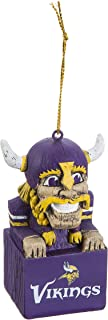 minnesota vikings lawn ornaments