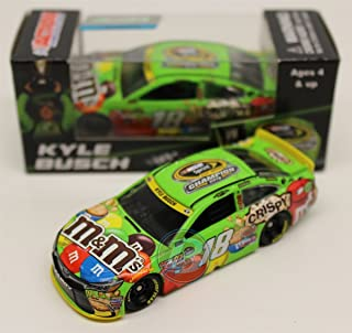 Kyle Busch 2015 NASCAR Sprint Cup Champion M&M's 1:64 Diecast Car