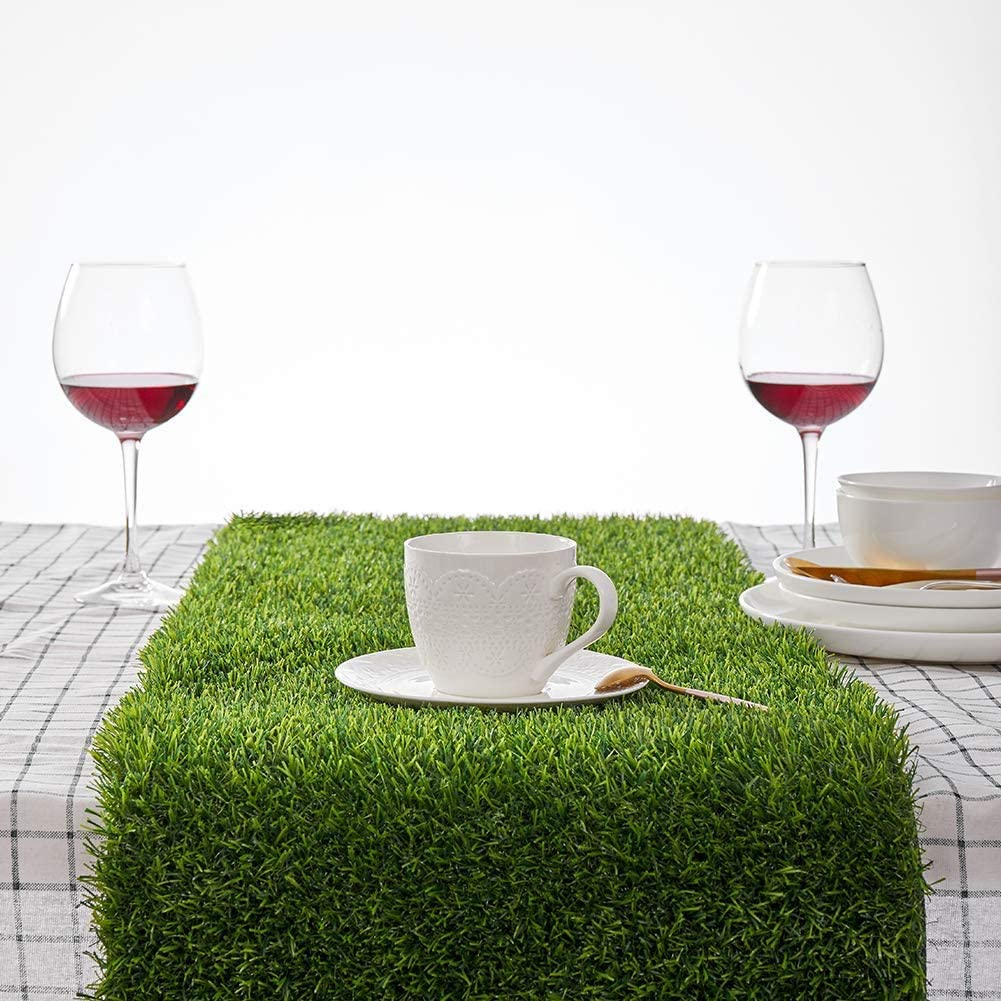 Zufrieden Artificial Genuine Grass Credence Table - Runners Synthetic