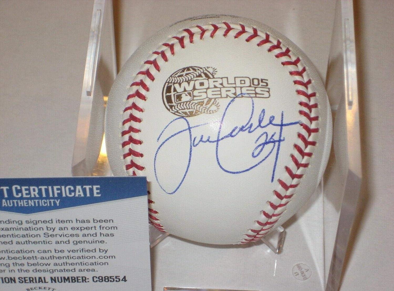 Signed Joe Crede BaseballOfficial 2005 World Series w Beckett COABeckett AuthenticationAutographed Baseballs