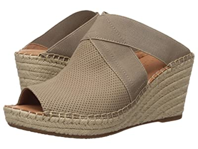 Gentle Souls by Kenneth Cole Colleen Mule (Mushroom) Women