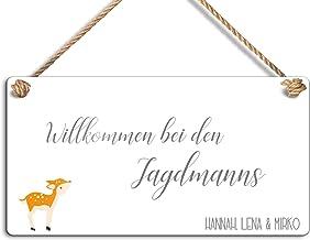 Naambordje met mooi design en een koord om op te hangen, ideaal als deurbordje voor de huisdeur of als tuinbord, in versch...