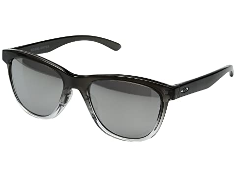 c0b37c90e6 Oakley Moonlighter at Zappos.com