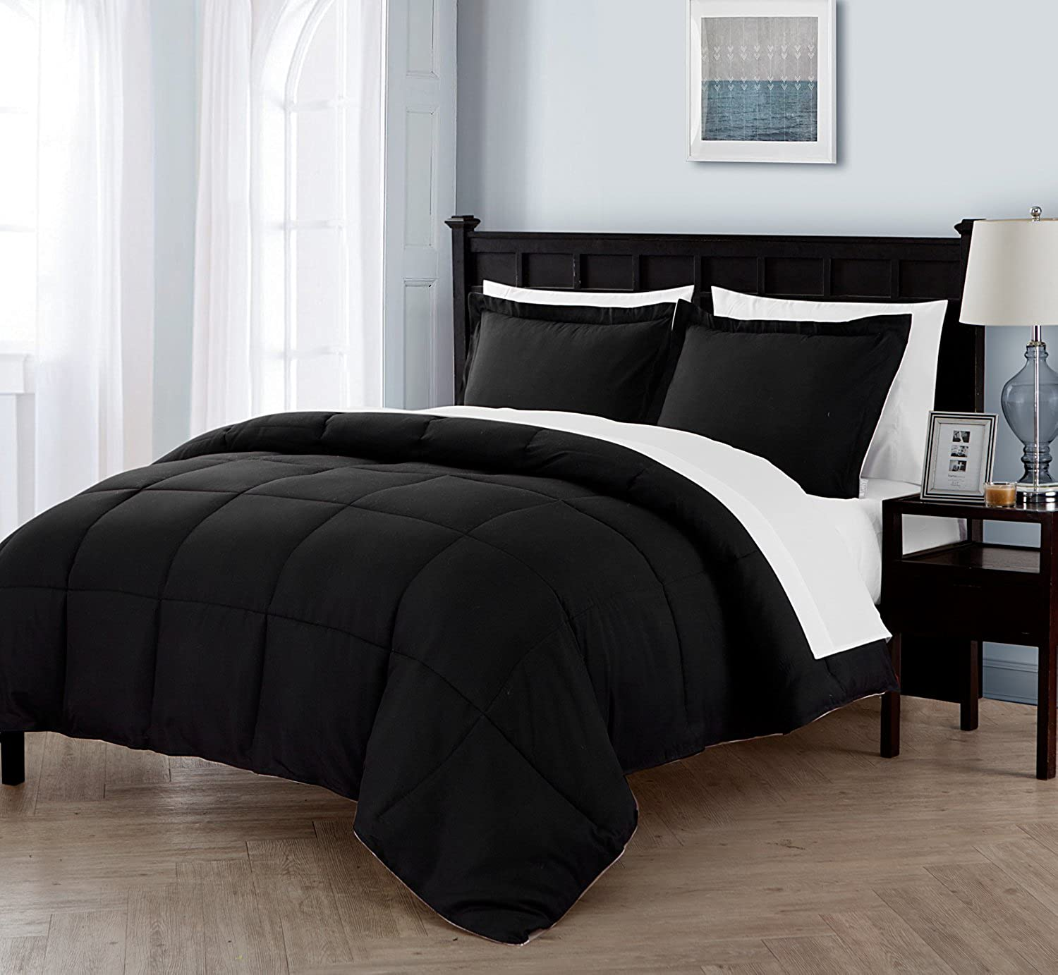 VCNY Home Twin XL Size BED-IN-A-BAG Reversible in Black   White Luxurious 5 Pc Set w  Sheets - Lincoln